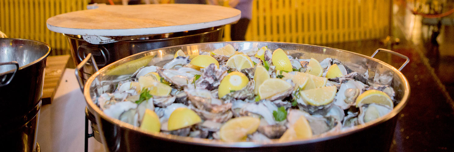 banners-1490x500-food-stations-oysters