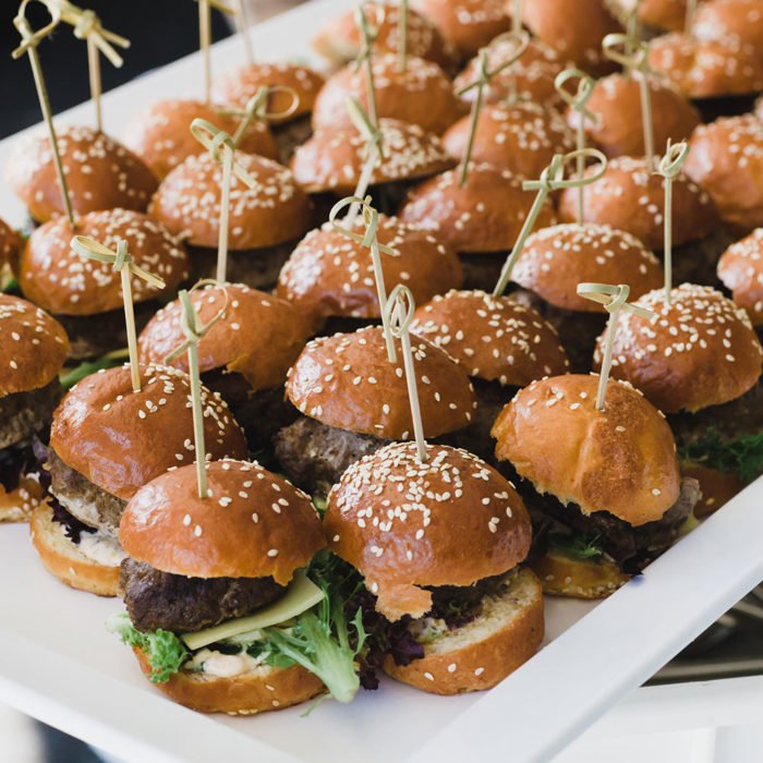 sq1000-sub-canapes-mini-burgers-328